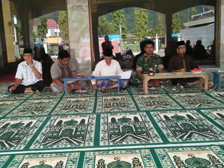 Kepala Desa menghadiri Rapat Panitia Pengajian Umum